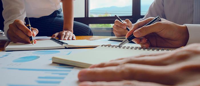 liderazgo, trabajo en equipo, uso de las TIC y capacidad de mantenerse actualizado son las características del contador público que buscan las empresas en Colombia