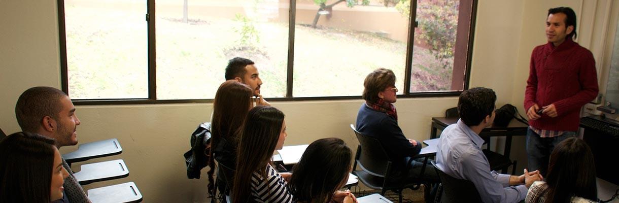 Reunión general de estudiantes de Turismo