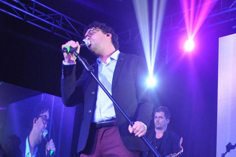 Andrés Cepeda en el cumpleaños de Sony Music