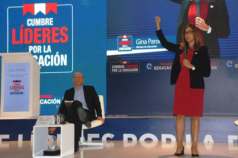 Gina Parody durante su intervención en la Cumbre de Líderes por la Educación.