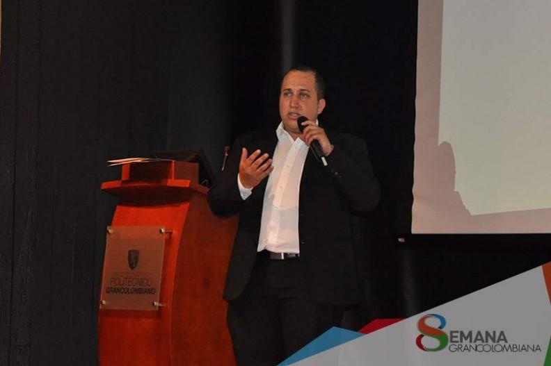 """""""La innovación juega un papel muy importante para salir adelante con un nuevo proyecto"""" Giovanny Baquero."""