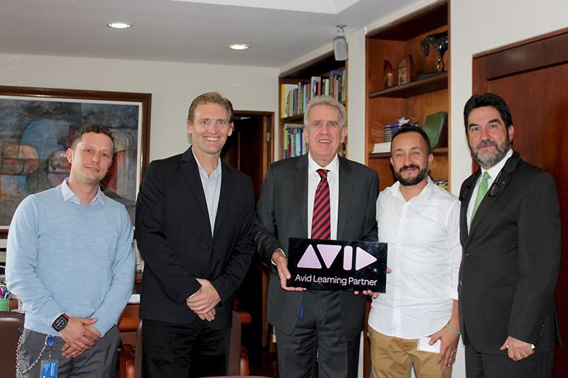 El Poli demuestra su compromiso con la excelencia, como Avid Learning Partner