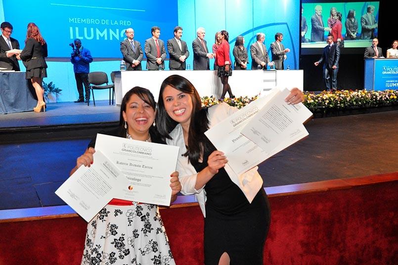 ¡Felicitaciones a todos nuestros graduados! Éxitos en su vida profesional.