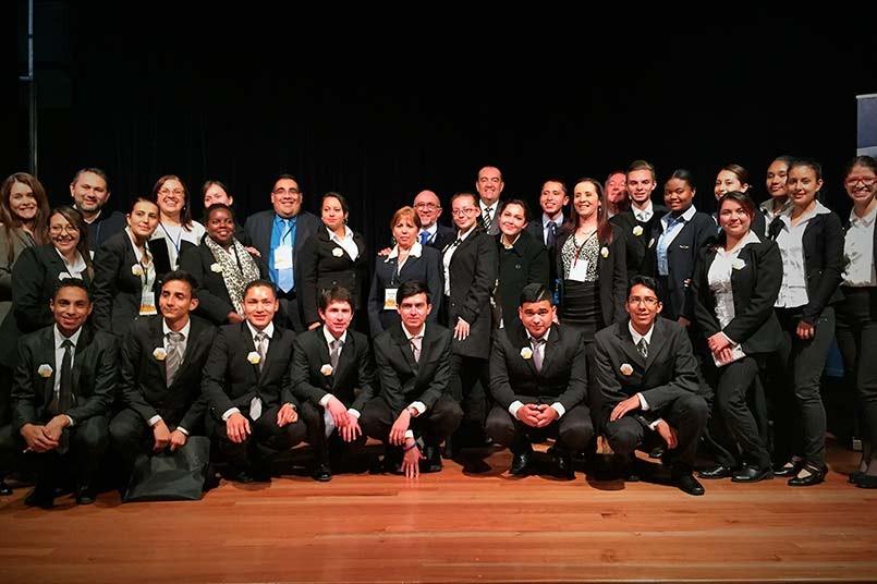 Conferencistas  Internacionales, Docentes del programa y grupo logístico.