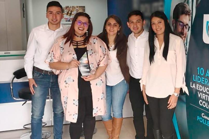 Grancolombiana de modalidad virtual recibió beca por su excelente desempeño académico