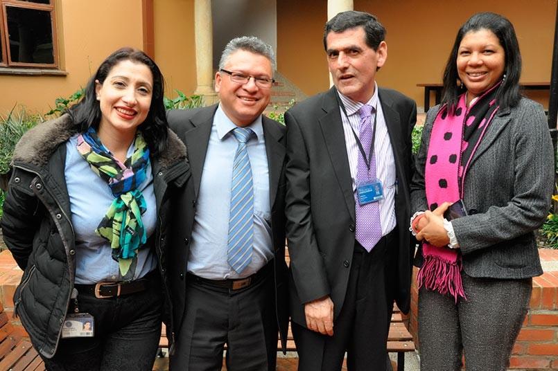 La simulación contó con la presencia de Deisy de La Rosa, decana de la Facultad de Ciencias Administrativas Económicas
