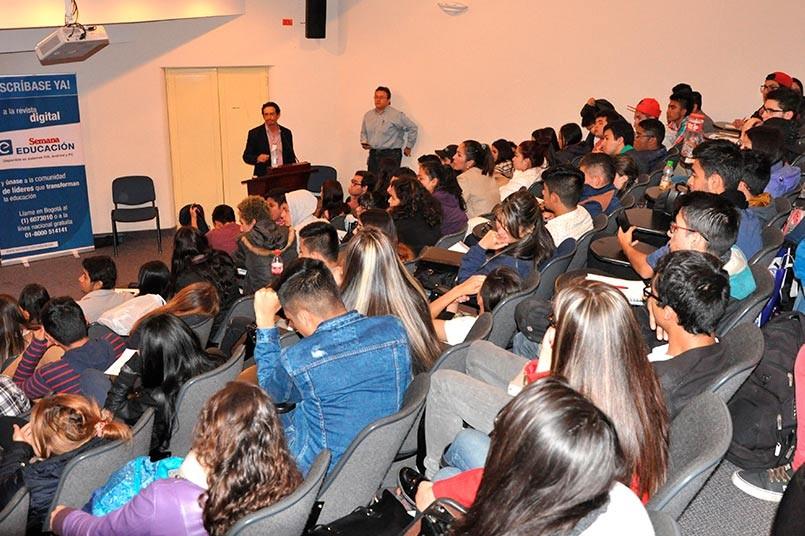 """Estas conferencias son una oportunidad para que los estudiantes conozcan """"el valor de la experiencia"""""""