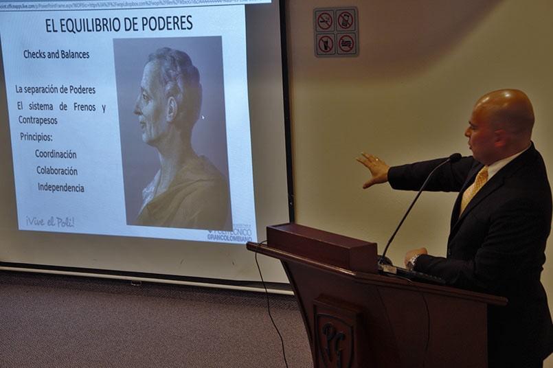 Dr. Samuel Serrano Galvis, doctor en Derecho Privado