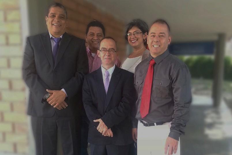Álvaro Usuga, Wilfrey Plata, Luis Jiménez, Sofía Jiménez y Fabio Maya. (De izquierda a derecha)