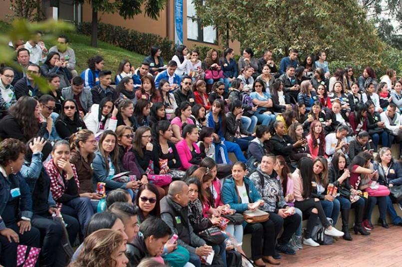 Estudiantes de CIES visitan el Poli