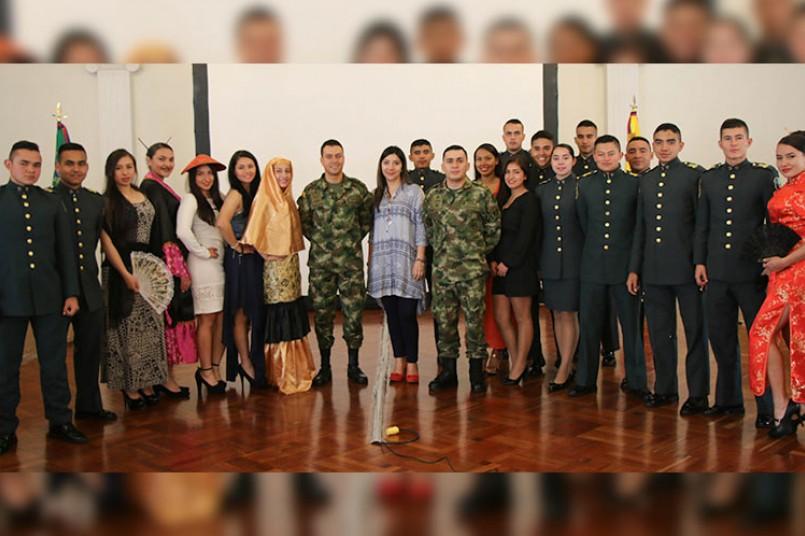 Estudiantes de la Escuela Militar de Cadetes José María Córdoba