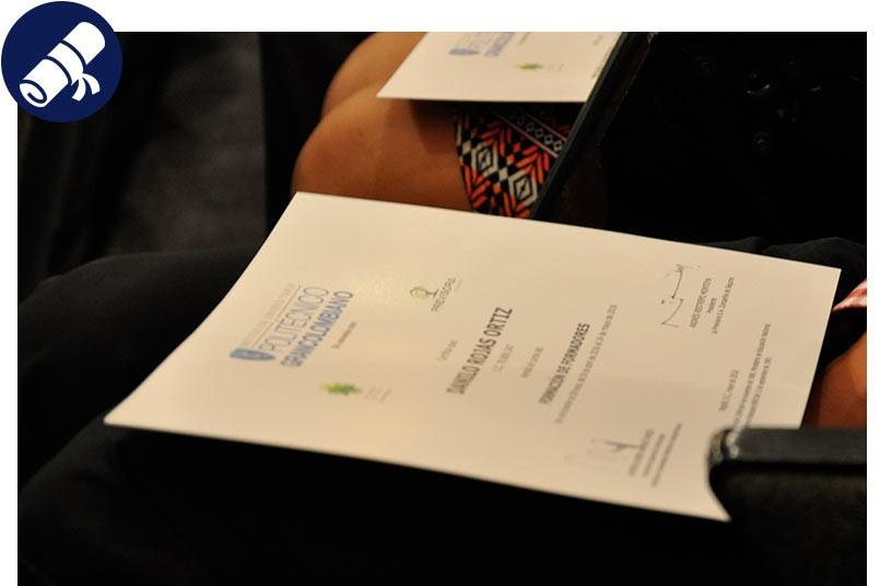 Graduados Universidad Corporativa Creciendo.