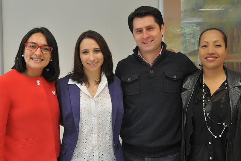 (de izquiera a derecha) Sandra Patricia Rojas, Jennifer Sanchez, Leonardo Ortegon y Gisela Lemus
