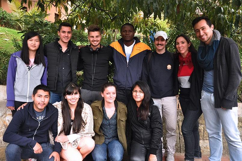 Los extranjeros se sienten felices en nuestra Institución.