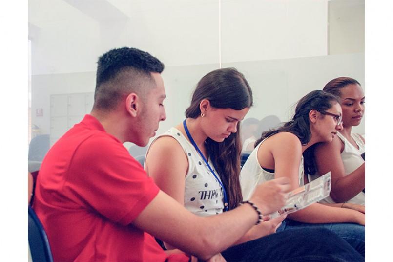 Salud para nuestros grancolombianos - Charla salud sexual y reproductiva