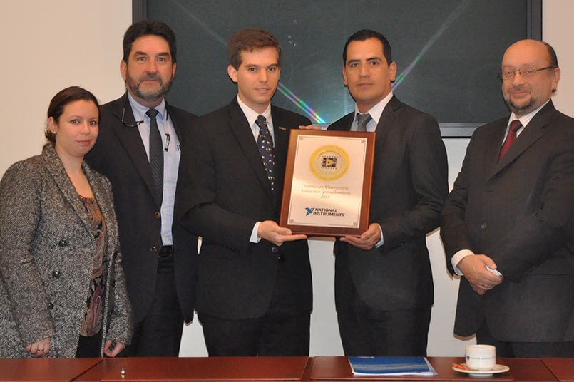 Entrega de placa Nationals Instruments
