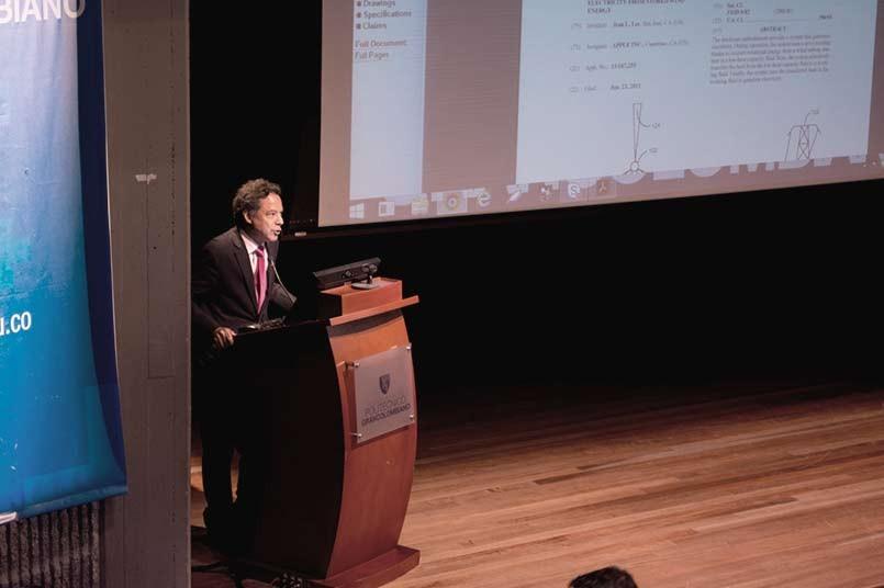 El director de Comunicaciones Externas de la Empresa de Energía de Bogotá, Luis Miguel Gómez