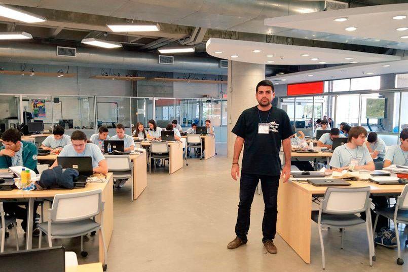Docente grancolombiano nuevo director de REDIS en Antioquia
