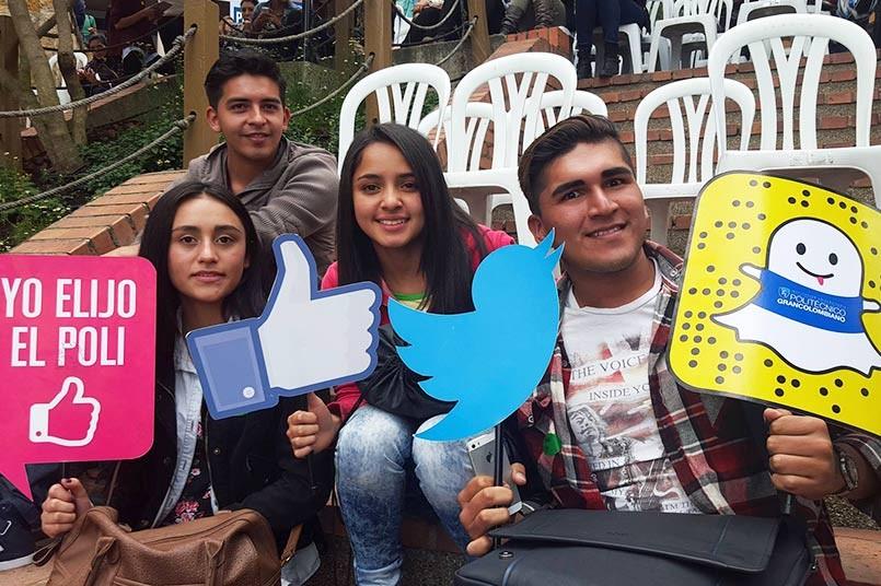 Cientos de estudiantes disfrutaron de su primer día en la Institución.