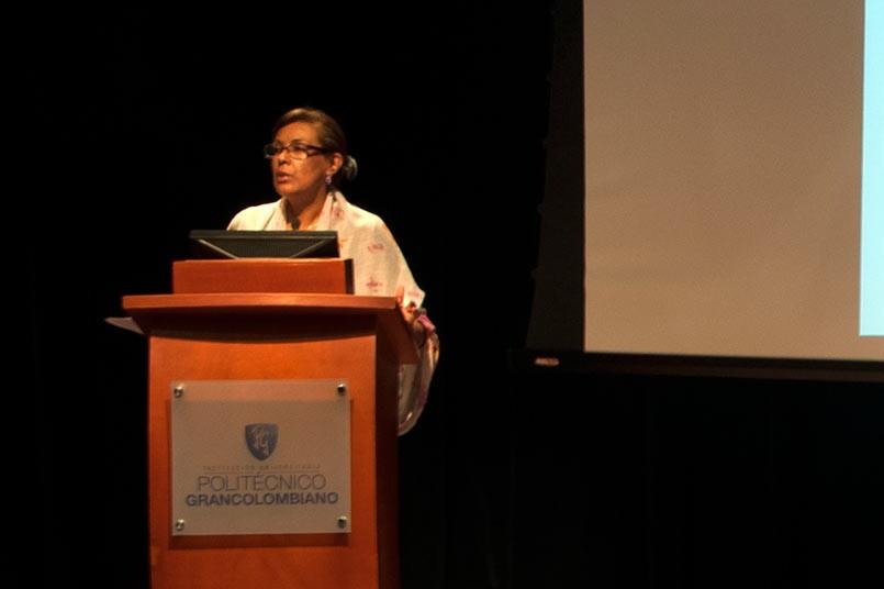 aria del Socorro Guzmán habló sobre la importancia de crear conciencia, cultura e innovación en las aulas.