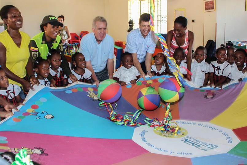 El Poli también apadrina la Ludoteca Naves Cocorobé de Quibdó que beneficia 25 niños de comunidades vulnerables.