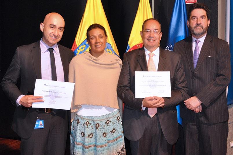 La ceremonia contó con la presencia del Vicerrector y de la Directora Académica de Educación Virtual