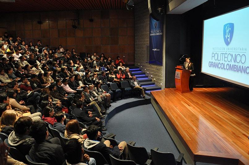 """Estudiantes y profesionales del Poli - seminario """"Nuevas tendencias del consumo en Colombia"""""""