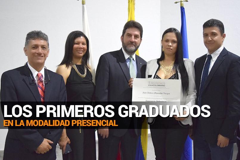 Grado Zuly Andrea Monsalve, en compañía de Jurgen Chiari y Deisy De La Rosa