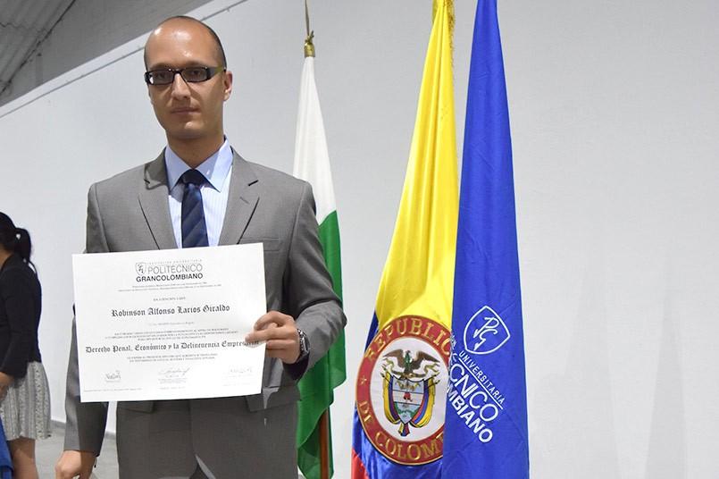 Robin Alfonso Larios Giraldo
