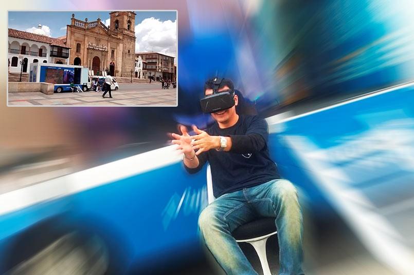 Esta actividad tridimensional les permite a los interesados, conocer nuestra oferta académica y los beneficios de la modalidad virtual de cada ciudad.