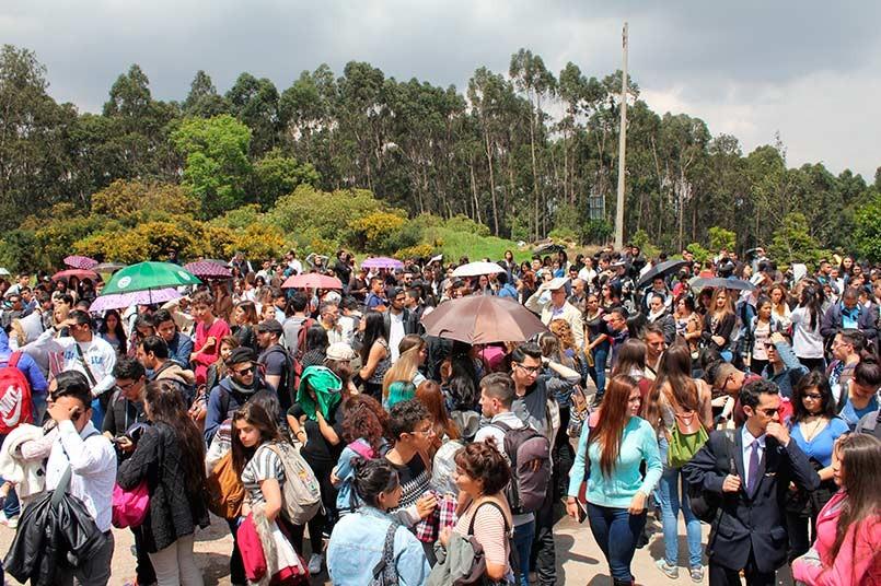 Aproximadamente 3.500 personas participaron en el simulacro