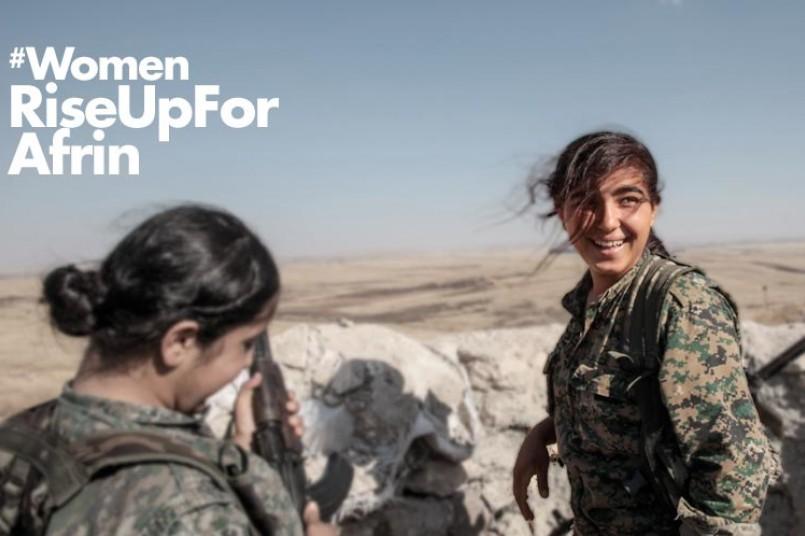 Mujeres kurdas, luchando en Siria
