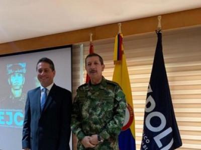 El Poli firmó convenio con el Ejército