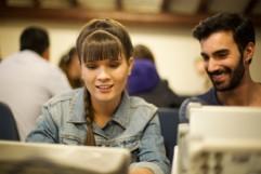Estudiantes con excelente grado de confianza y comunicacion instruidos en el politecnico como profesionales exitosos