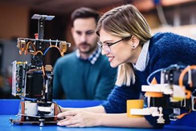Profesional en Ingeniería Industrial