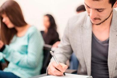 Técnico Profesional en Servicios Financieros.jpg